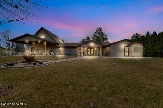 6951 N Rude St, Dalton Gardens, ID 83815 (#21-1870) :: Embrace Realty Group
