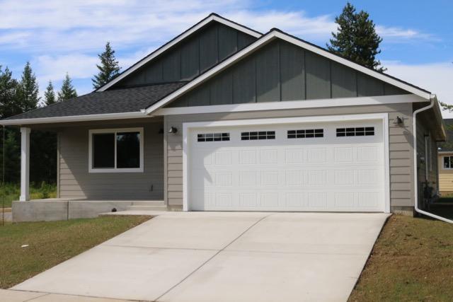 5616 W Maine St, Spirit Lake, ID 83869 (#17-10551) :: Chad Salsbury Group