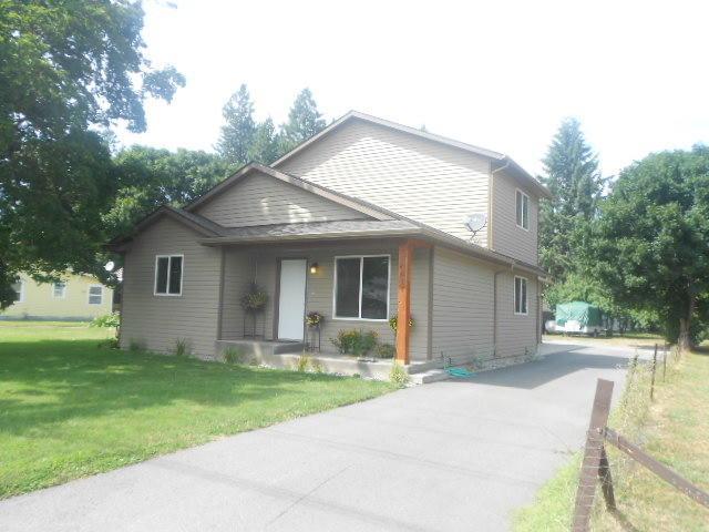 1011 W Davidson Ave, Coeur d'Alene, ID 83814 (#17-11911) :: Prime Real Estate Group