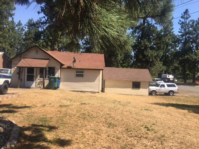 1302 N Spokane St, Post Falls, ID 83854 (#17-9188) :: Chad Salsbury Group