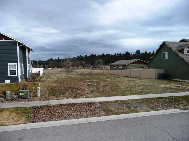 1304 N Ewell Ct, Post Falls, ID 83854 (#18-2615) :: Prime Real Estate Group