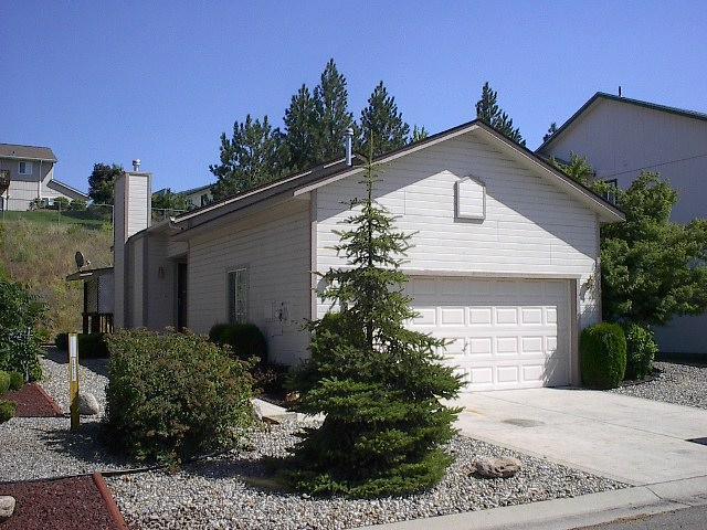 2208 N Columbine Ct, Post Falls, ID 83854 (#18-4460) :: Prime Real Estate Group
