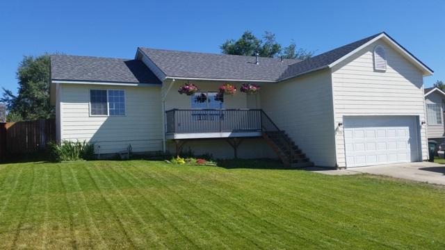 725 W Bridle Ln, Post Falls, ID 83854 (#18-8120) :: Prime Real Estate Group