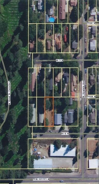 D St, Coeur d'Alene, ID 83814 (#18-8272) :: Prime Real Estate Group