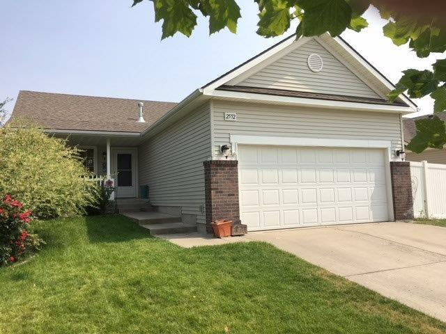 2552 N Tiatan St, Post Falls, ID 83854 (#18-9617) :: The Spokane Home Guy Group