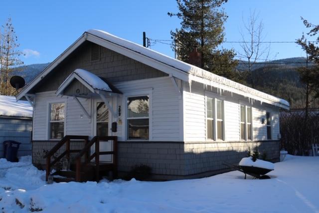 209 E Cameron Ave, Kellogg, ID 83837 (#19-1575) :: CDA Home Finder