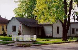1302 E Lakeside Ave, Coeur d'Alene, ID 83814 (#19-3430) :: Link Properties Group