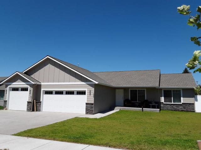 9710 Bottle Bay Rd, Sagle, ID 83860 (#19-5562) :: Flerchinger Realty Group - Keller Williams Realty Coeur d'Alene
