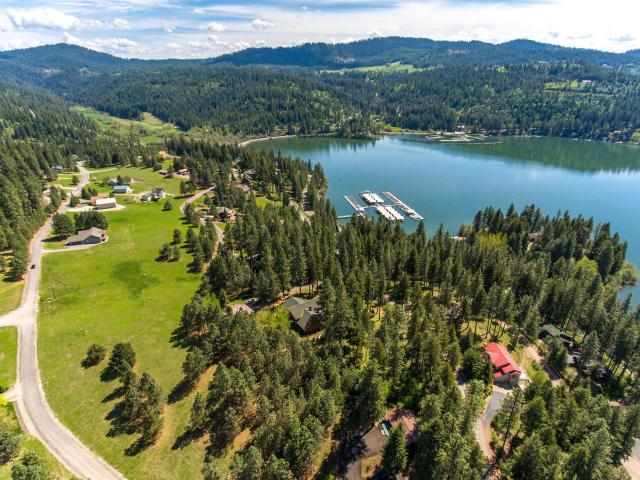 14923 E Sunset Shores Cir, Harrison, ID 83833 (#19-7971) :: Windermere Coeur d'Alene Realty