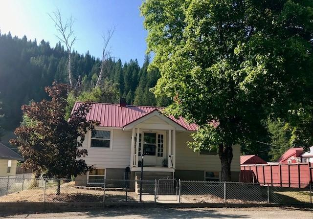 117 Main St, Wallace, ID 83873 (#19-8825) :: Team Brown Realty