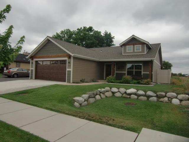 1639 N Fordham St, Post Falls, ID 83854 (#19-9094) :: ExSell Realty Group