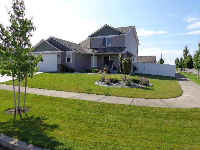 6714 W Covenant St, Rathdrum, ID 83858 (#19-9179) :: Chad Salsbury Group