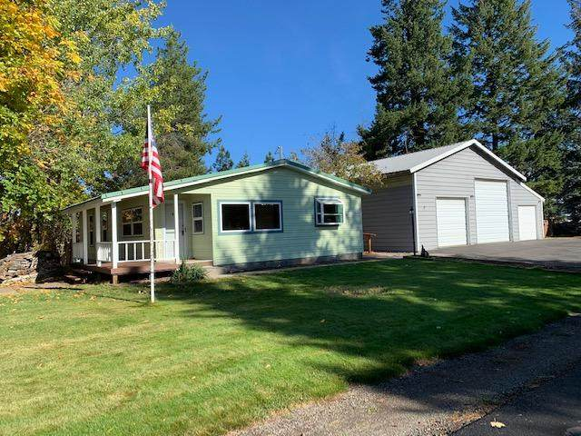 5969 W Washington St, Spirit Lake, ID 83869 (#20-10234) :: Team Brown Realty