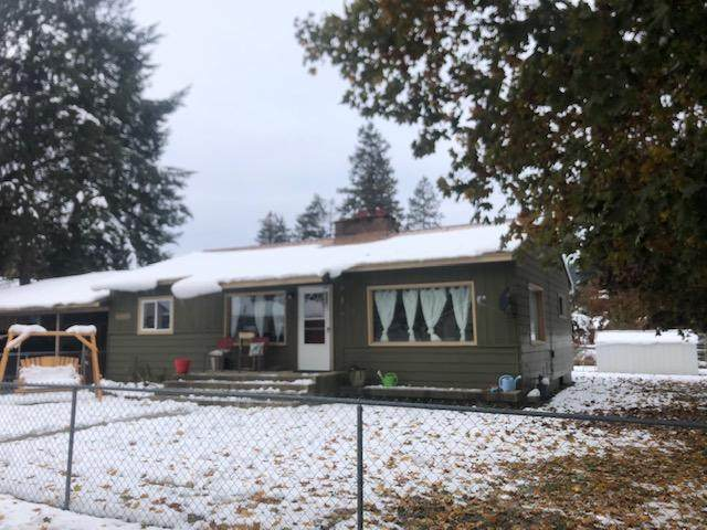 404 1st St, Pinehurst, ID 83850 (#20-10468) :: Team Brown Realty