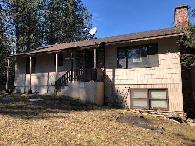 7681 W Radmer Rd, Rathdrum, ID 83858 (#20-2485) :: Kerry Green Real Estate