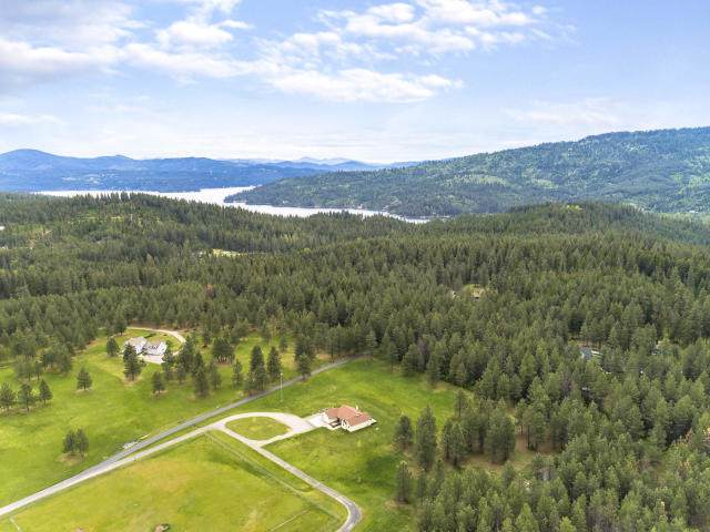 5941 S Dove Crest Ln, Coeur d'Alene, ID 83814 (#20-645) :: Keller Williams CDA