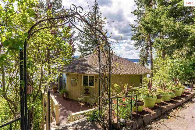 2617 S Evergreen Ln, Coeur d'Alene, ID 83814 (#21-4336) :: Chad Salsbury Group