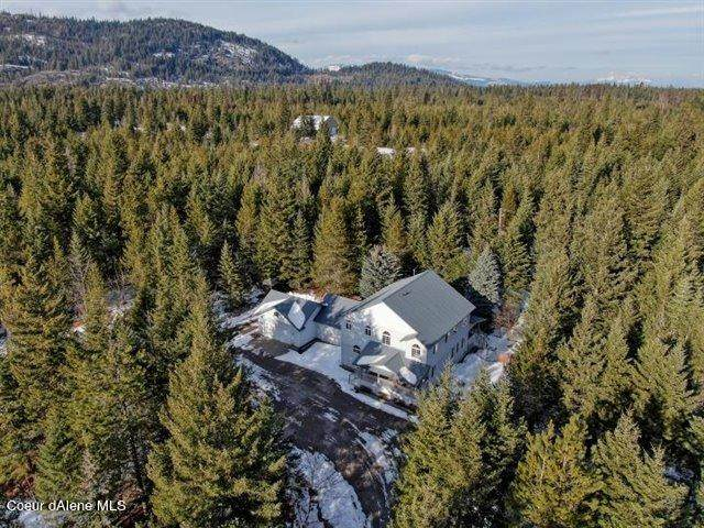 5027 W Ghost Rider Rd, Spirit Lake, ID 83869 (#21-452) :: Mall Realty Group