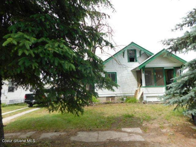 285 E Jefferson Ave, Priest River, ID 83856 (#21-6054) :: Chad Salsbury Group