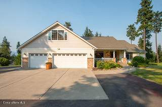 10587 N Summit Loop, Hauser, ID 83854 (#21-8001) :: Link Properties Group
