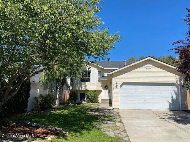 2557 W Clairborne Ln, Coeur d'Alene, ID 83815 (#21-9021) :: Prime Real Estate Group