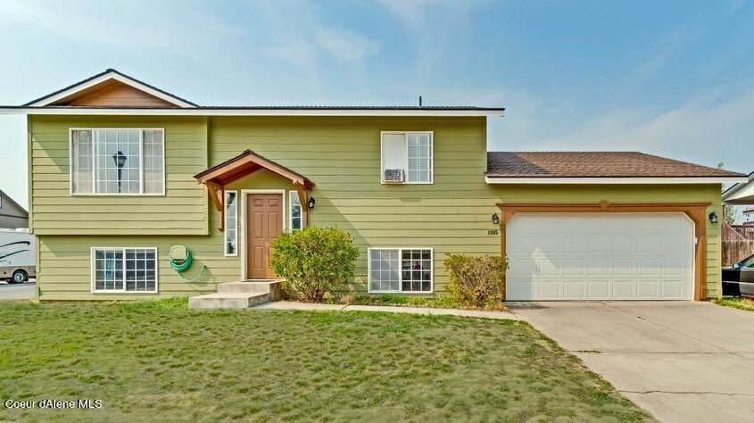 1805 Stagecoach Dr - Photo 1
