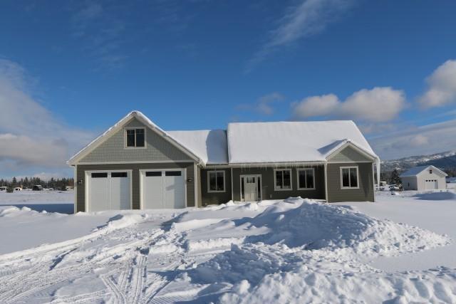 455 Solar Rd, Oldtown, ID 83822 (#18-8243) :: Windermere Coeur d'Alene Realty