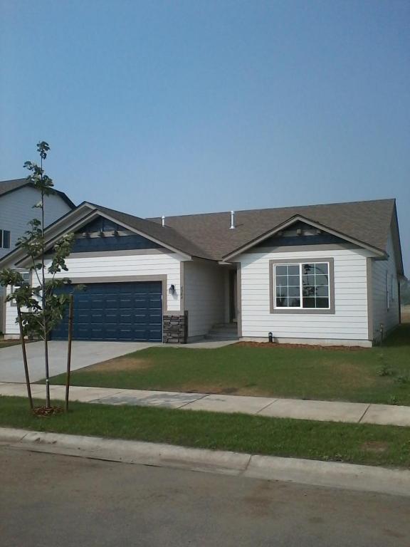 4304 N Shelburne Loop, Post Falls, ID 83854 (#18-8843) :: Prime Real Estate Group