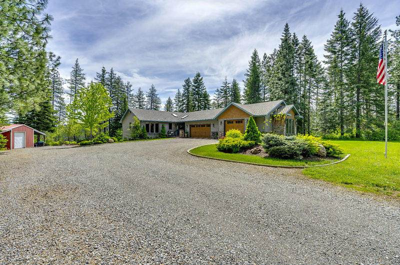 2032 Meadowbrook Acres Rd - Photo 1
