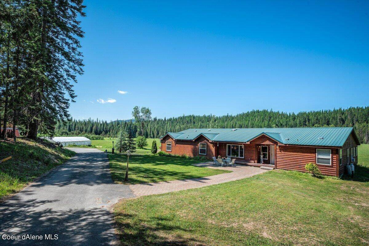 2667 Squaw Valley Rd - Photo 1