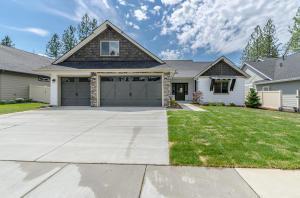 3518 N Shelburne Lp, Post Falls, ID 83854 (#17-2784) :: Prime Real Estate Group