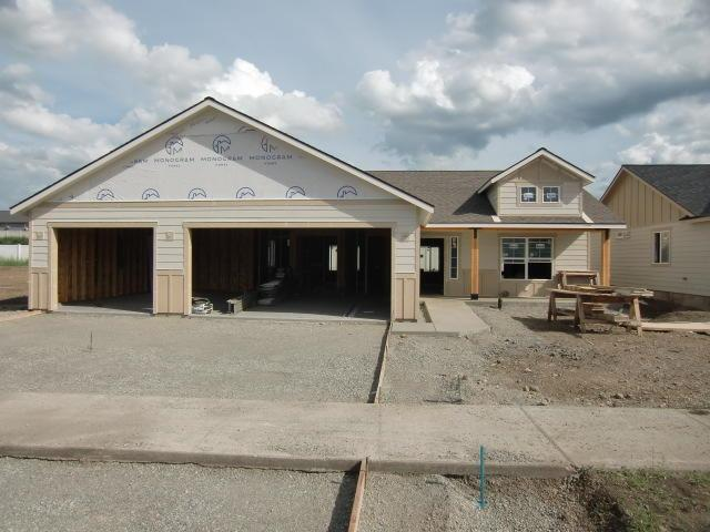 237 W Tennessee Ave, Post Falls, ID 83854 (#19-2597) :: Northwest Professional Real Estate