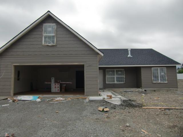 327 W Tennessee Ave, Post Falls, ID 83854 (#19-2602) :: Mandy Kapton | Windermere