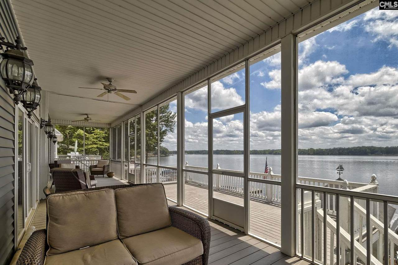 369 Mariners Pointe Drive - Photo 1