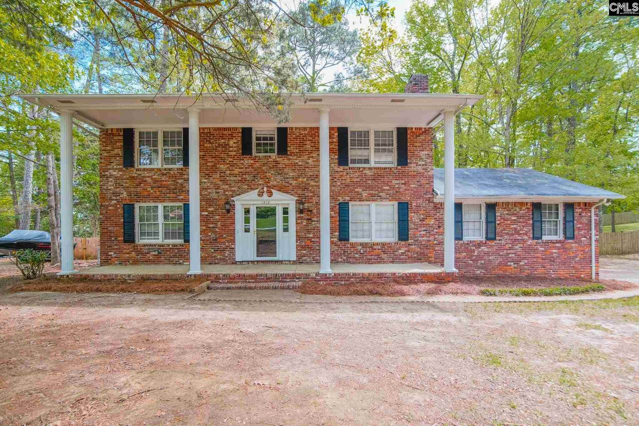 1316 Country Squire Drive - Photo 1