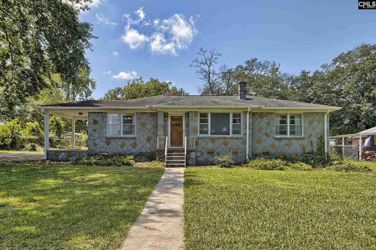 1105 Seminole Drive - Photo 1