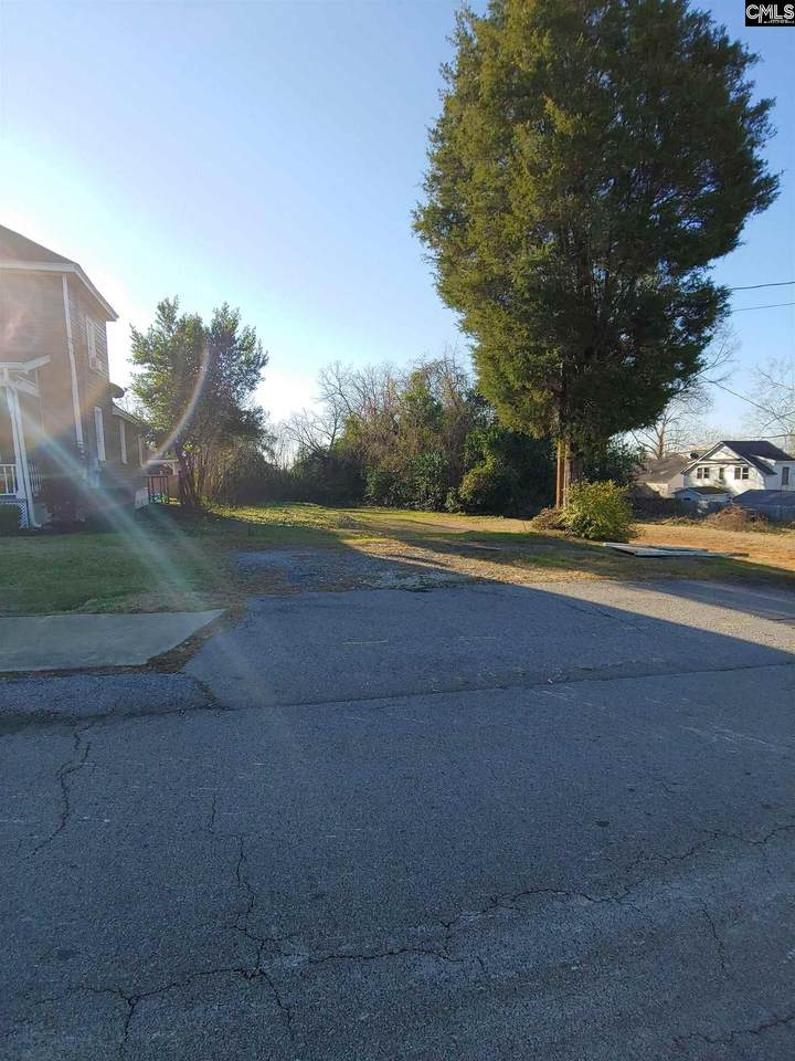 614 Laurel Street - Photo 1
