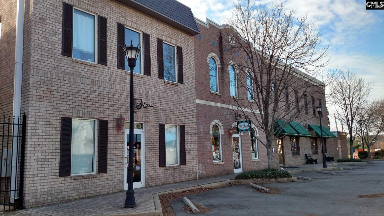 103 Beaufort Street - Photo 1