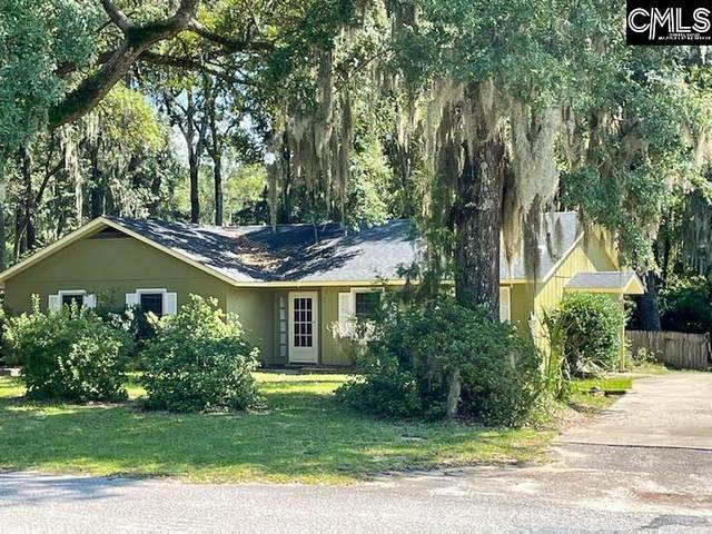 4 Oakwood Drive, Beaufort, SC 29907 (MLS #526729) :: The Olivia Cooley Group at Keller Williams Realty