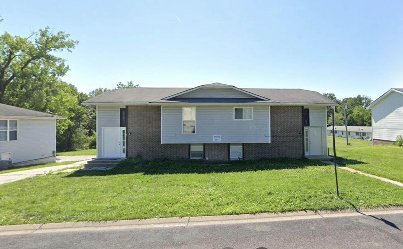 7217 Moberly Dr - Photo 1