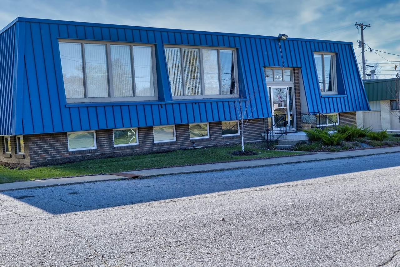 1516 Business Loop 70 - Photo 1