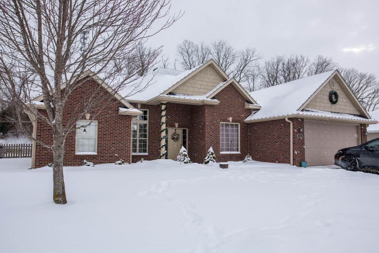 4102 Eagle View Ct - Photo 1