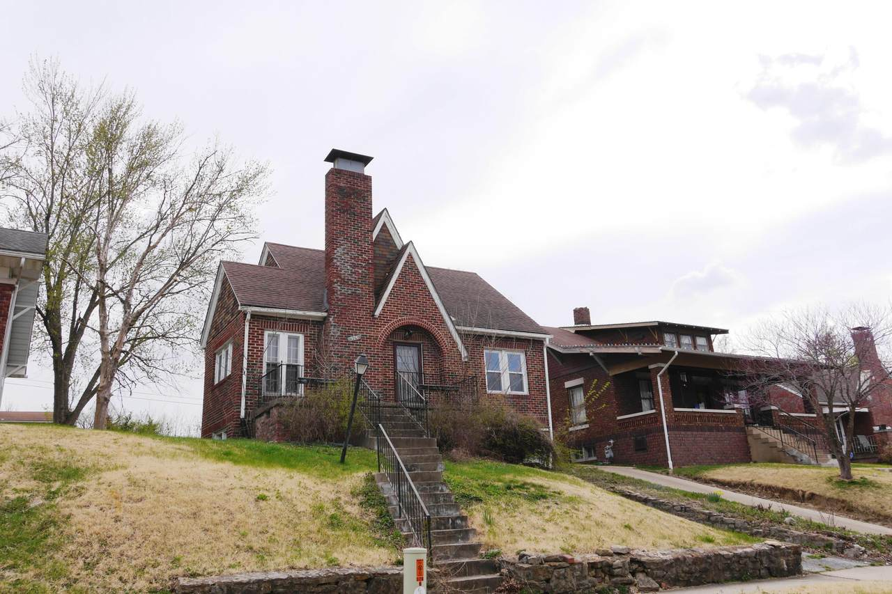 926 Reed St - Photo 1