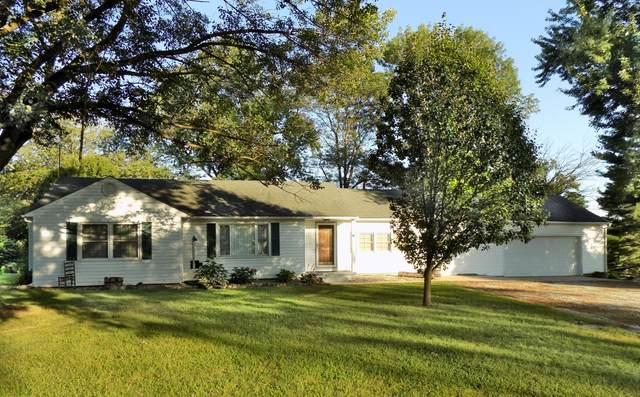 17001 N Rte Z, Centralia, MO 65240 (MLS #394338) :: Columbia Real Estate