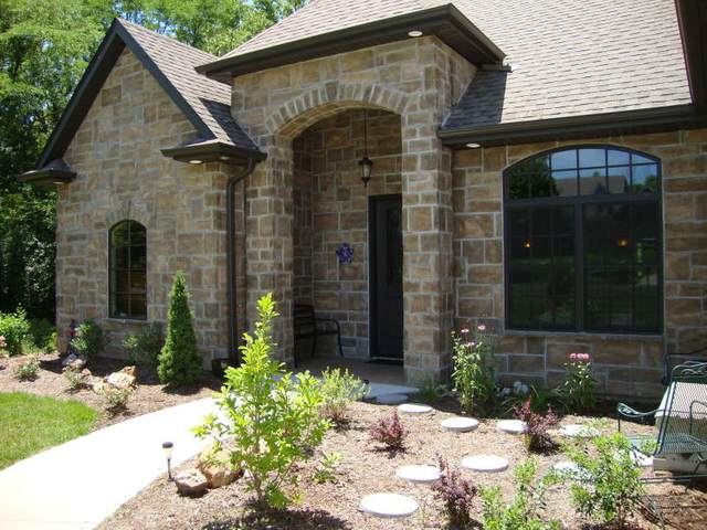 3181 S Country Woods Rd, Columbia, MO 65203 (MLS #396102) :: Columbia Real Estate