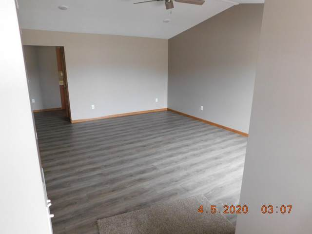 109 Margarita Ct, Centralia, MO 65240 (MLS #399718) :: Columbia Real Estate