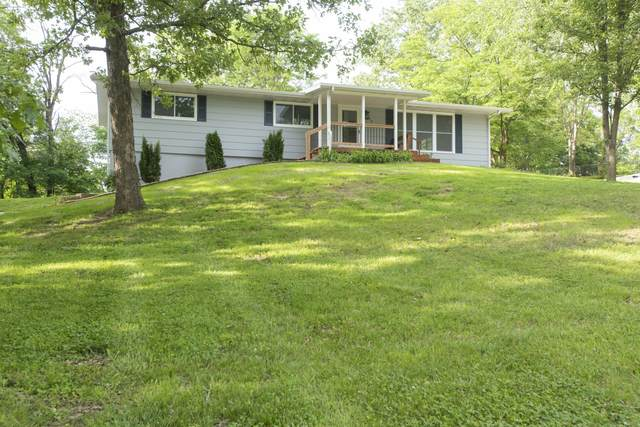 210 Partridge Dr, Holts Summit, MO 65043 (MLS #400336) :: Columbia Real Estate