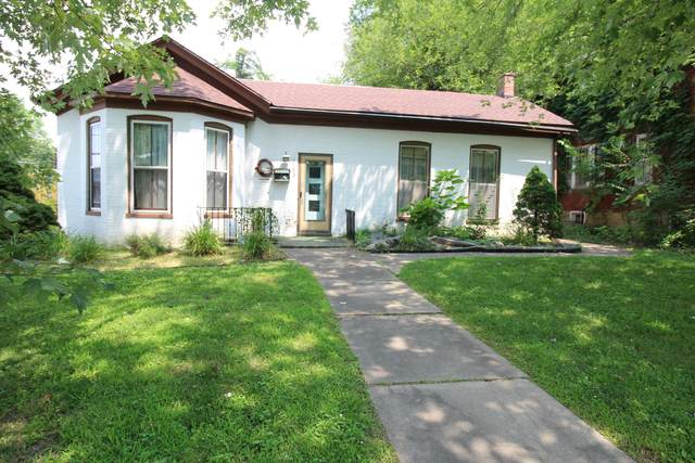 1102 6TH St, Boonville, MO 65233 (MLS #401453) :: Columbia Real Estate