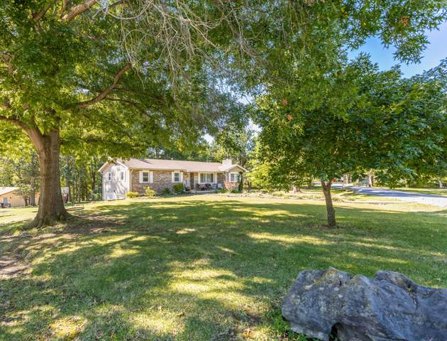 7404 W Sandalwood Ct, Columbia, MO 65202 (MLS #402732) :: Columbia Real Estate