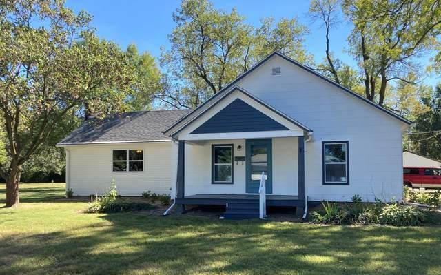 314 E Lakeview St, Centralia, MO 65240 (MLS #402733) :: Columbia Real Estate